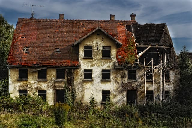O que significa sonhar com casa abandonada