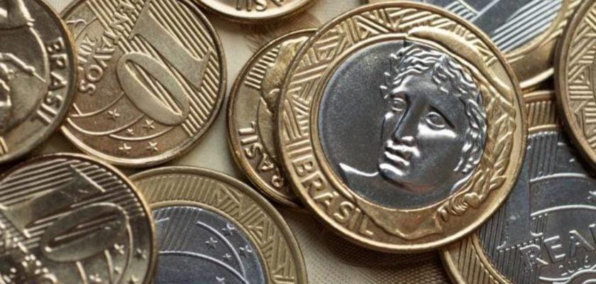 O que significa sonhar achando moedas