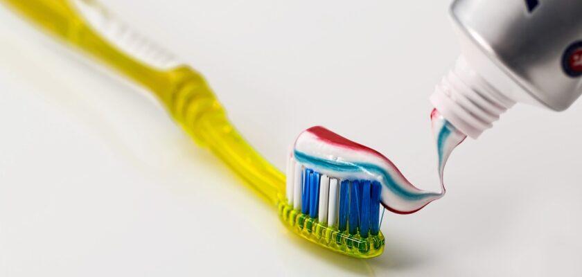 Sonhar com pasta de dente o que significa