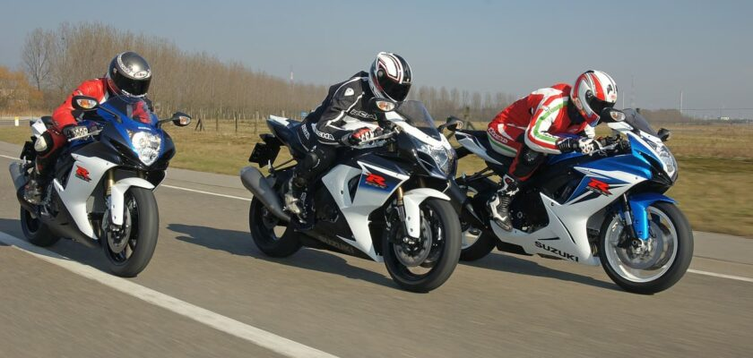 Sonhar pilotando moto